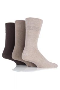 skin-coloured-socks